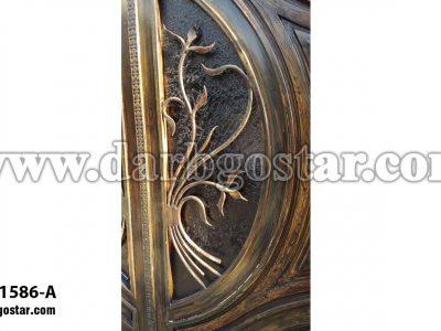 1586-A درب فرفورژه طرح چوب